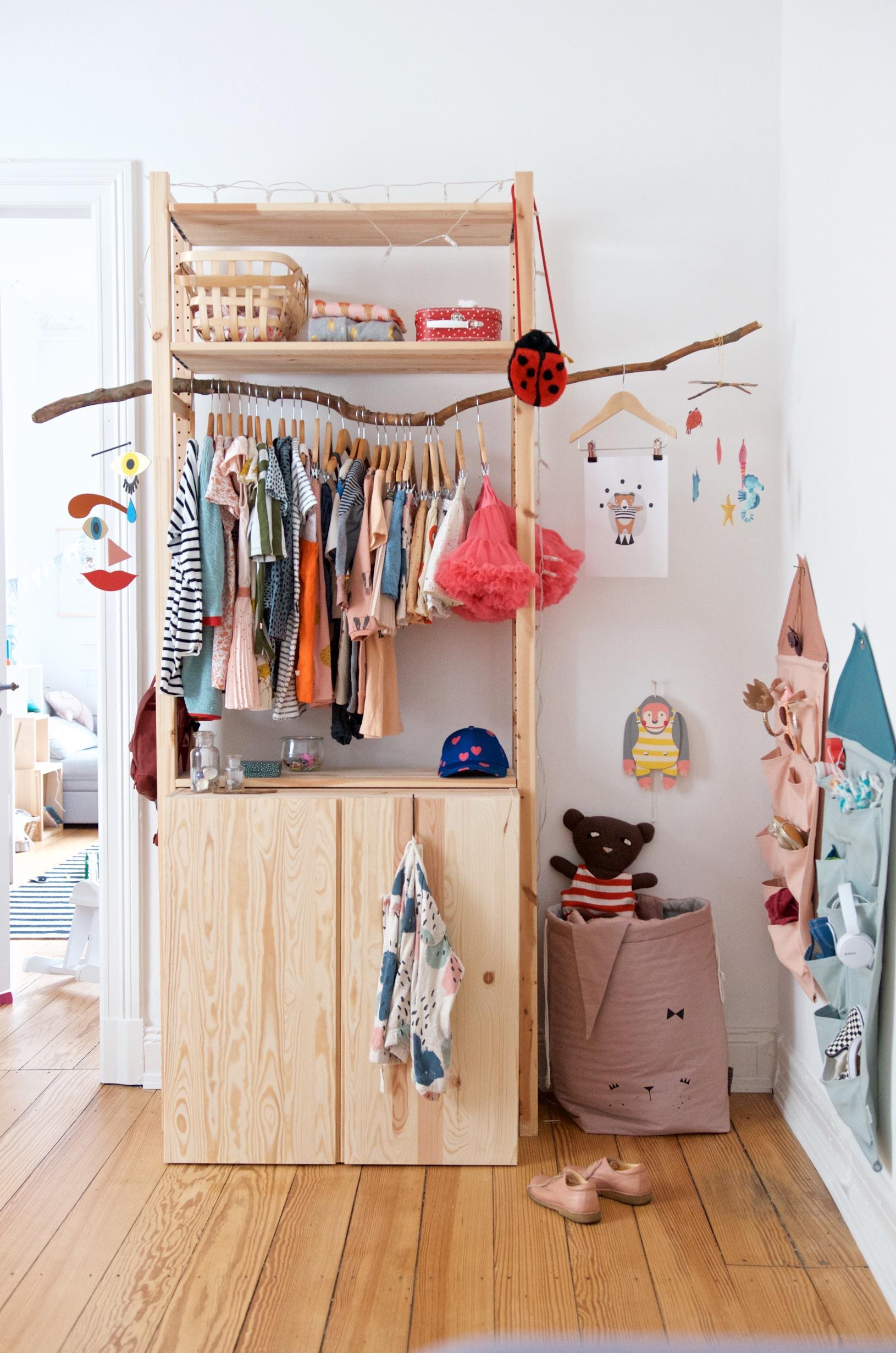 Kleiderschrank Kinderzimmer Diy