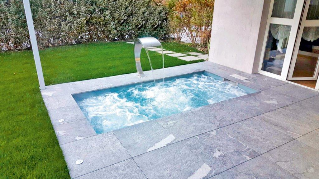 Kleiner Pool Für Den Garten