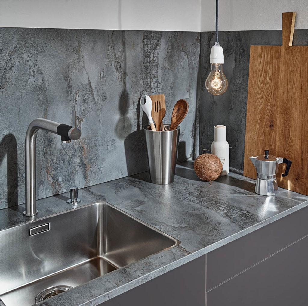 Küche Glasrückwand Grau