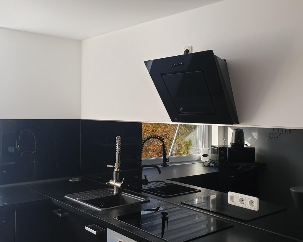 Küche Glasrückwand Schwarz
