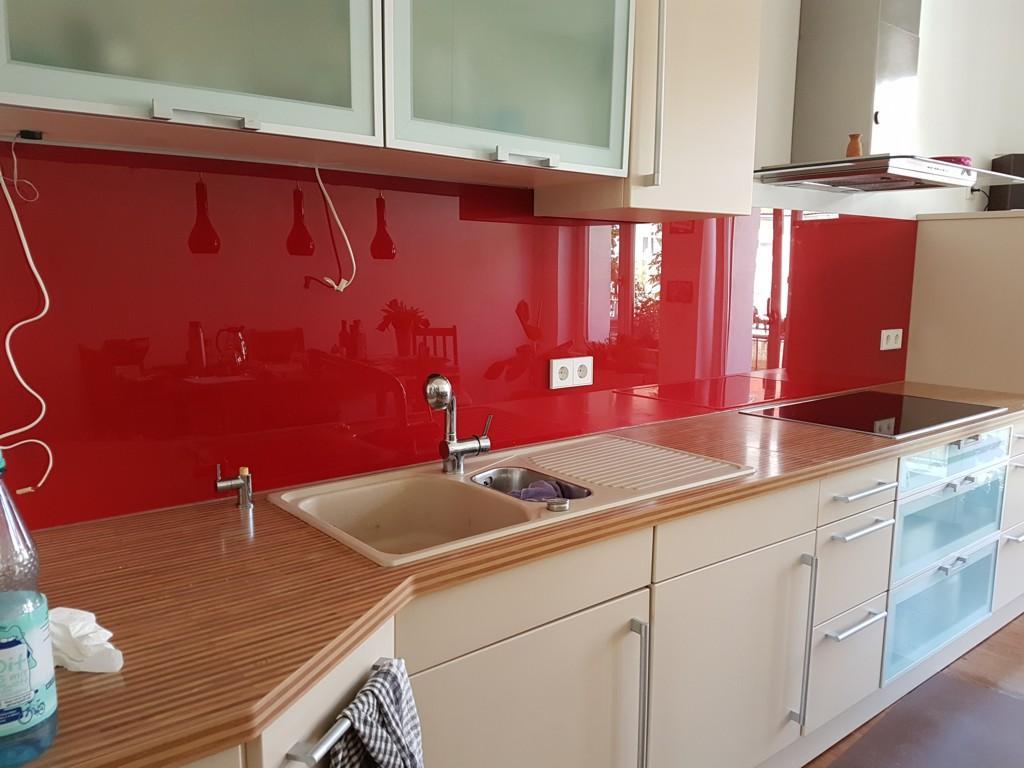 Küche Glasrückwand Steckdose