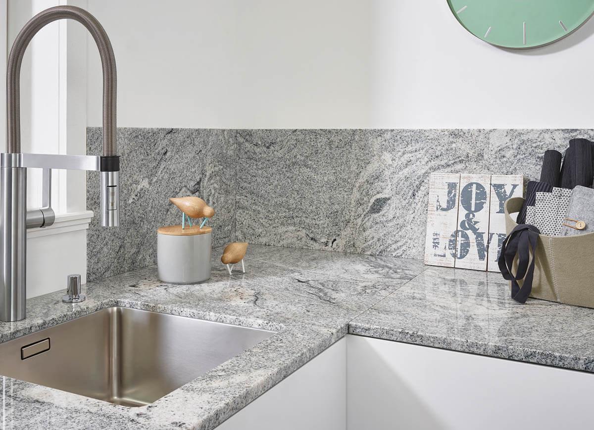 Küchenarbeitsplatte Granit Hell