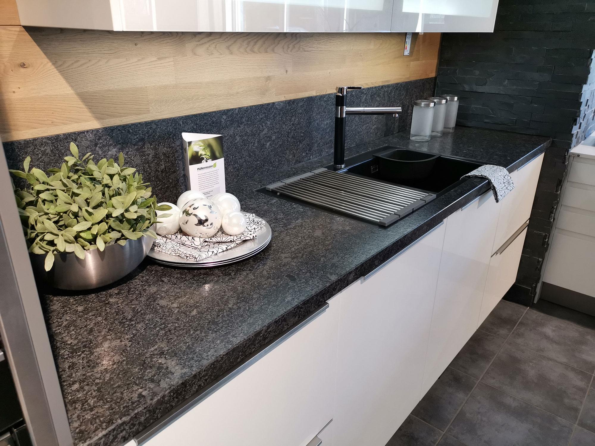 Küchenarbeitsplatte Granit Steel Grey