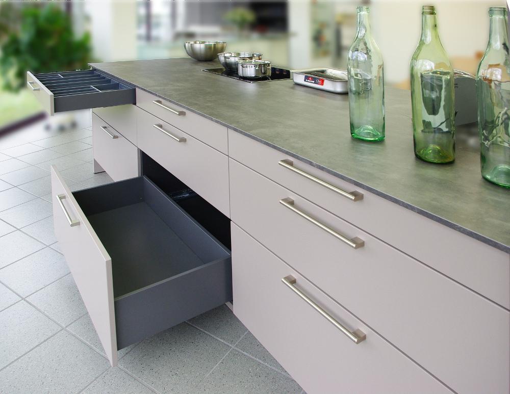 Küchenschrank Mit Arbeitsplatte Und Schubladen