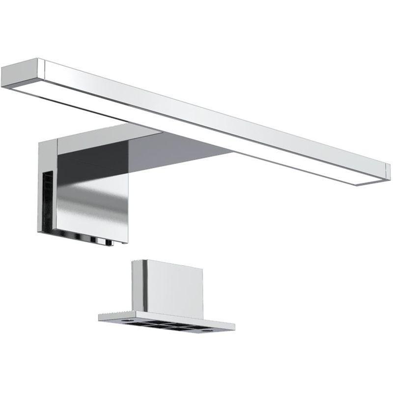 Lampe Badezimmer über Spiegel