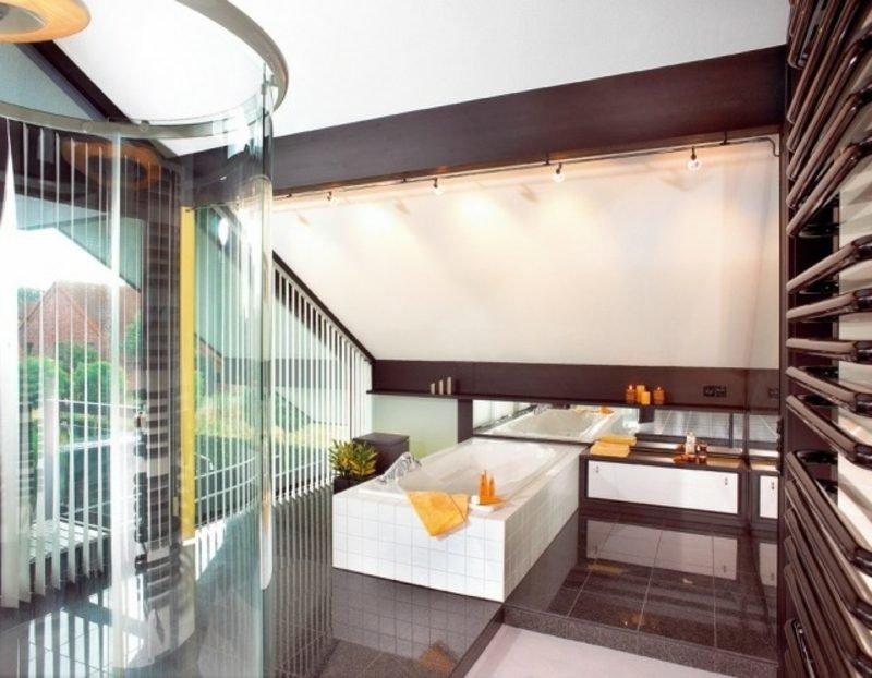 Luxus Badezimmer Dachschräge