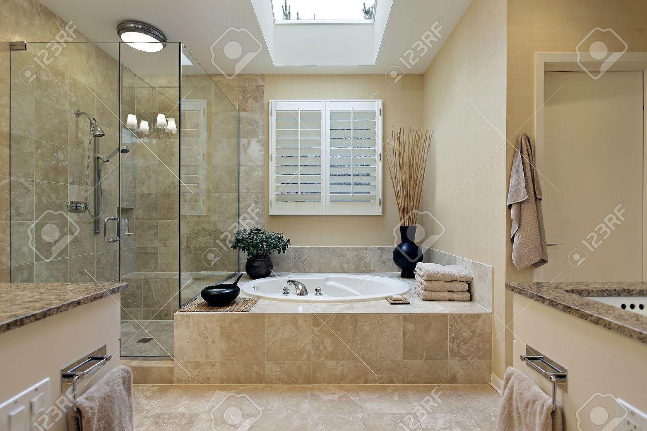 Luxus Badezimmer Mit Eckbadewanne