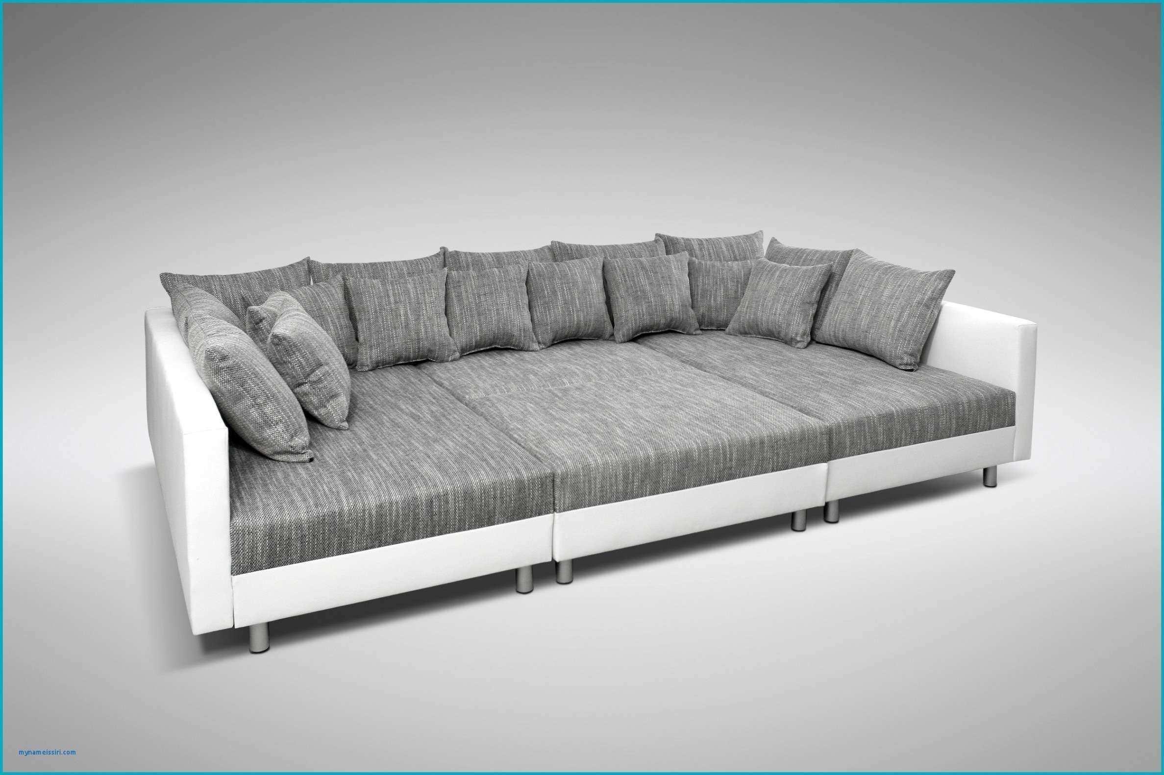 Mann Mobilia Couch