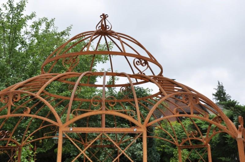 Metall Pavillon Klein