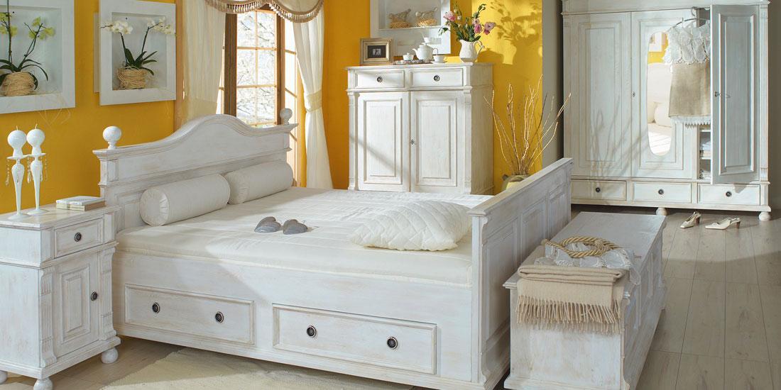 Möbel Holz Weiß
