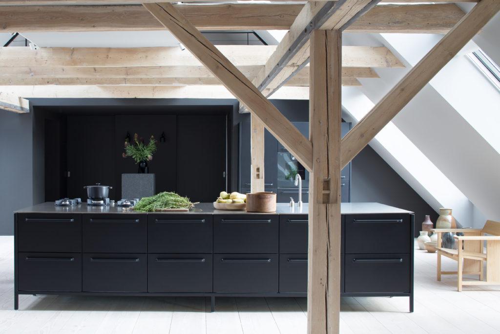 Modern Küche Dachschräge