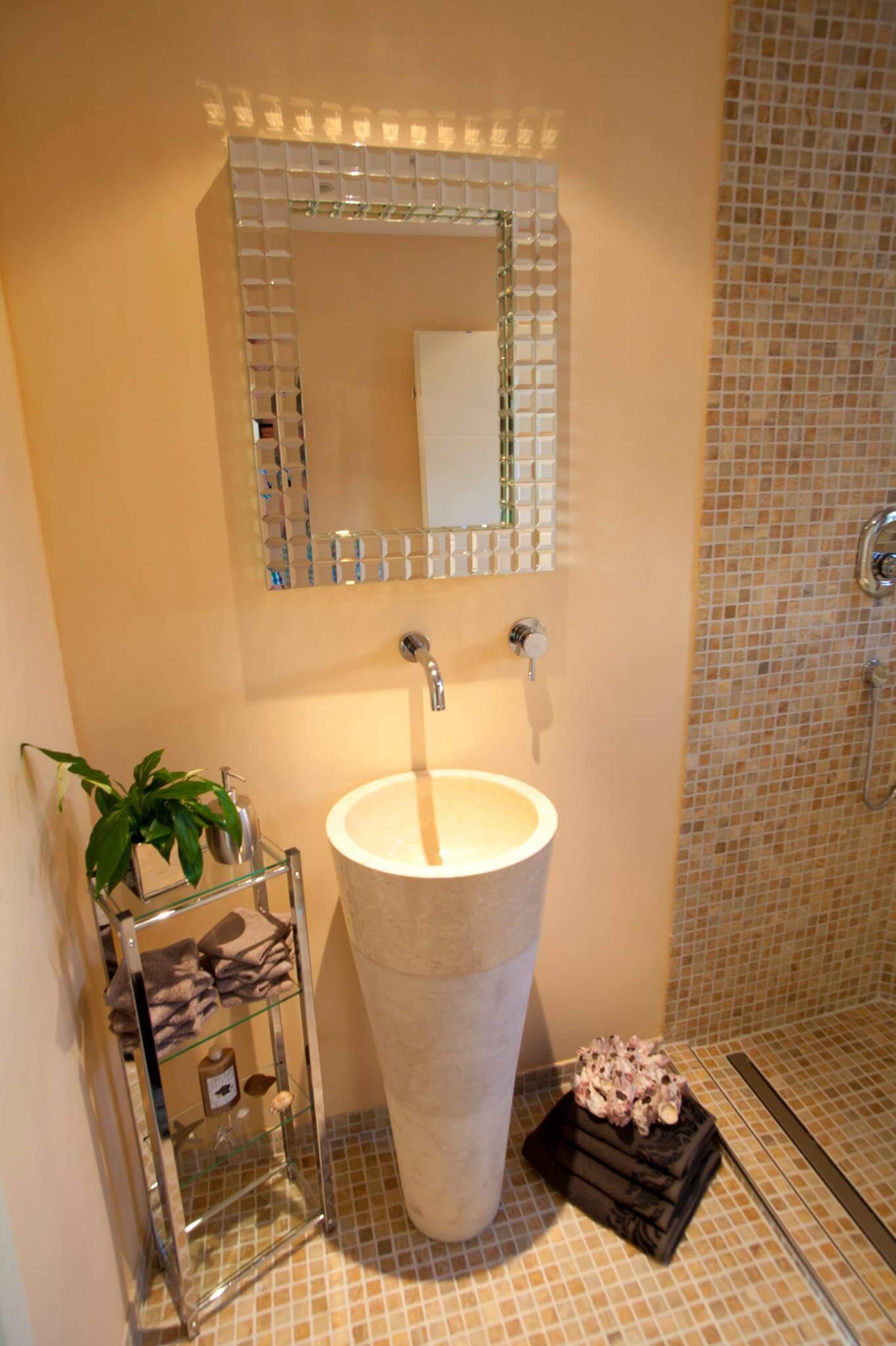 Modern Mediterran Badezimmer Ideen