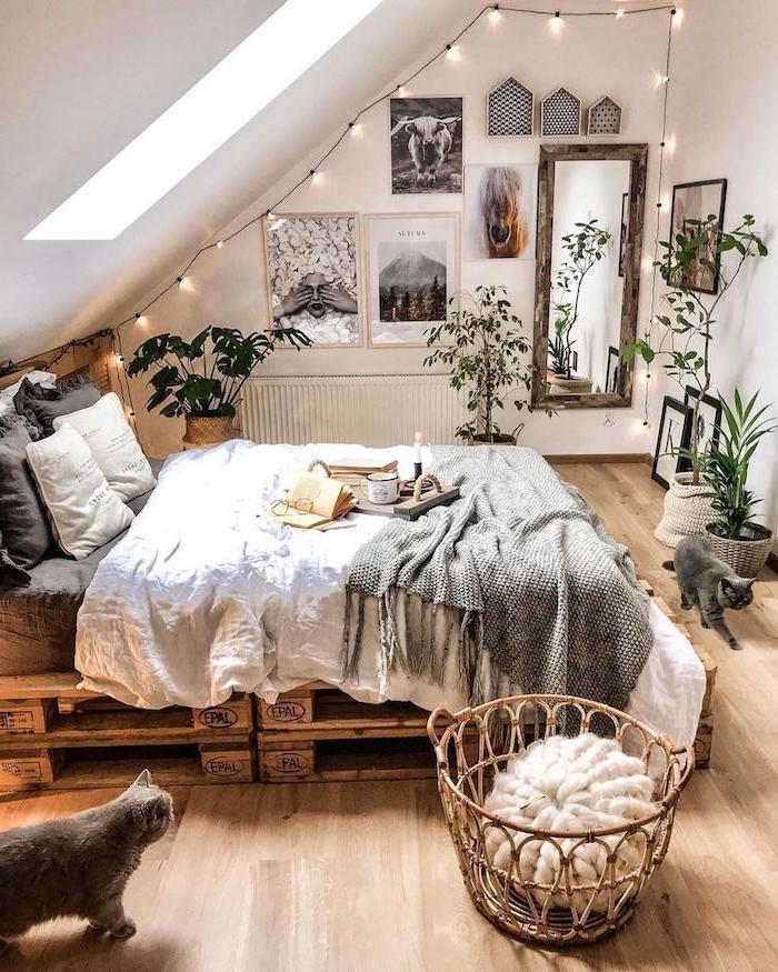 Moderne Schlafzimmer Mit Dachschräge