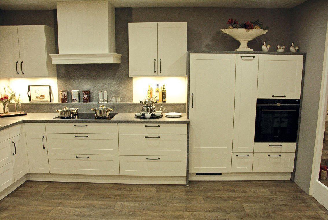 Musterküchen Miele Küchen