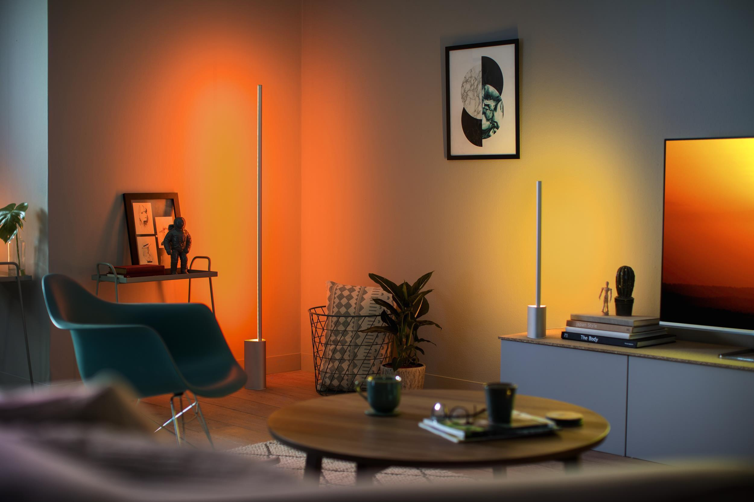 Philips Hue Signe Table Lamp