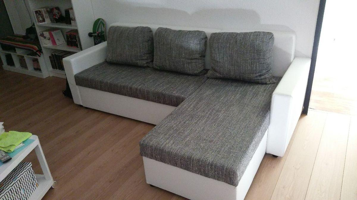 Roller Couch Grau