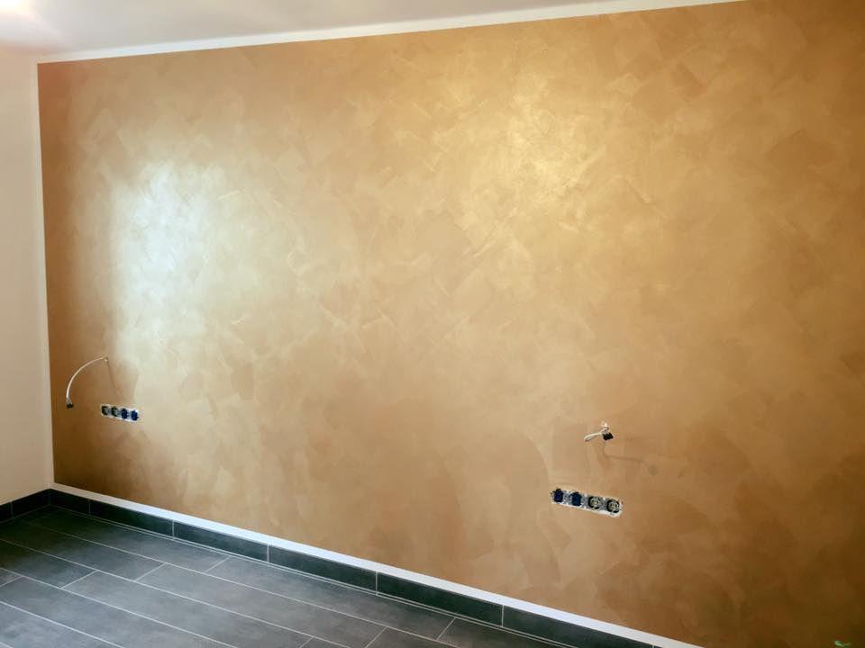 Schlafzimmer Goldene Wand