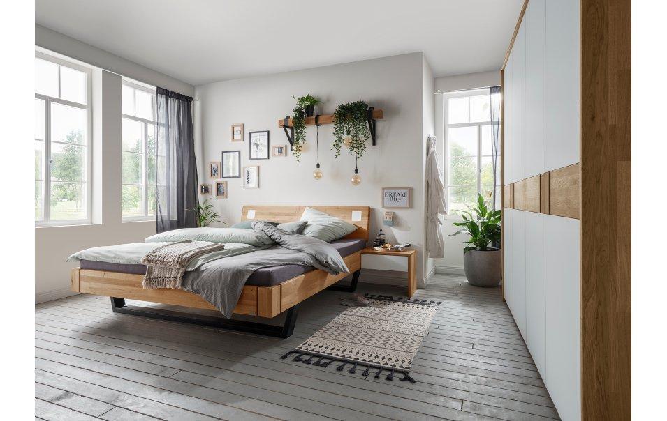 Schlafzimmer Massivholz Wildeiche