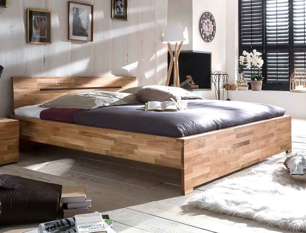 Schlafzimmer Wildeiche Geölt