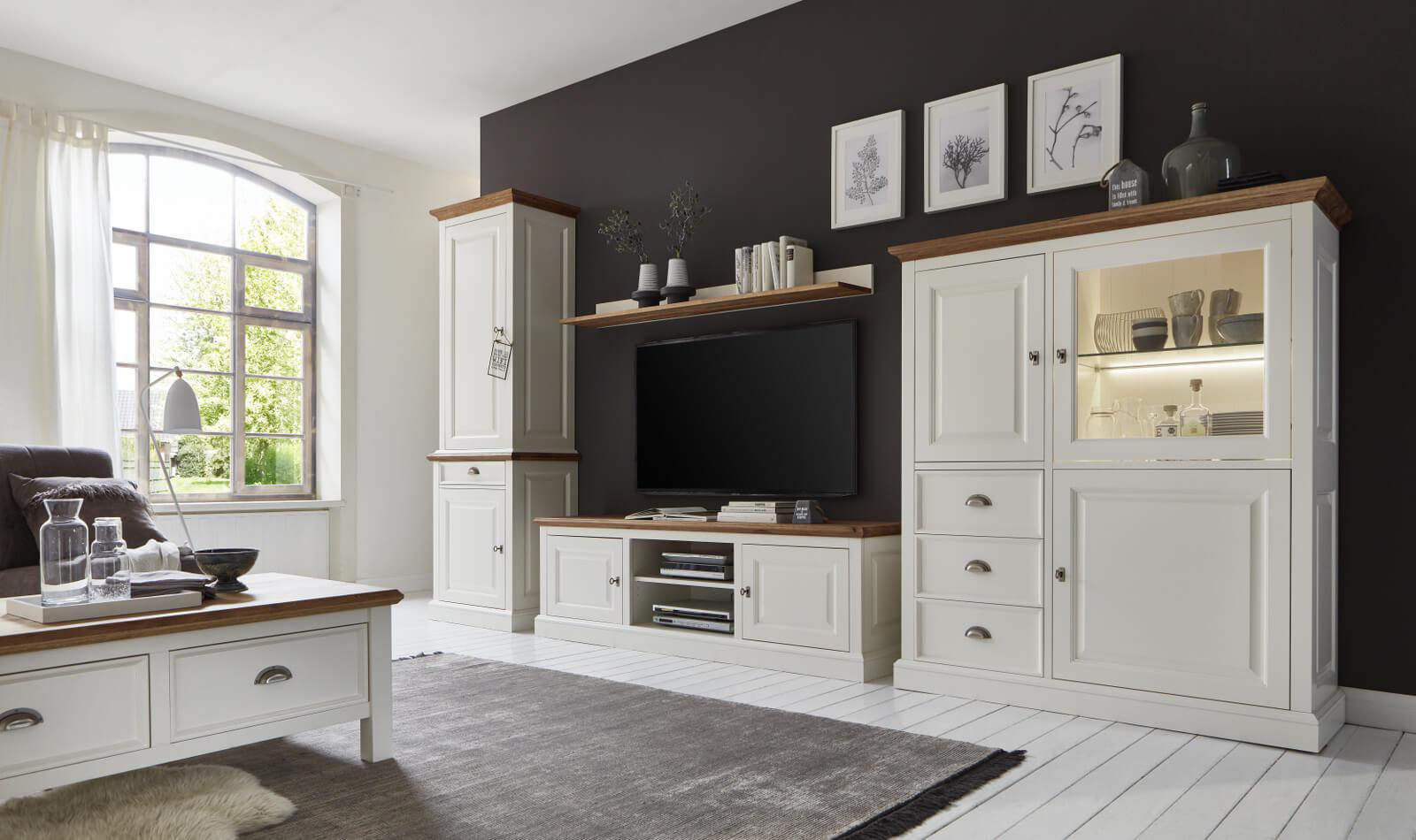 Schrank Landhausstil Wohnzimmer