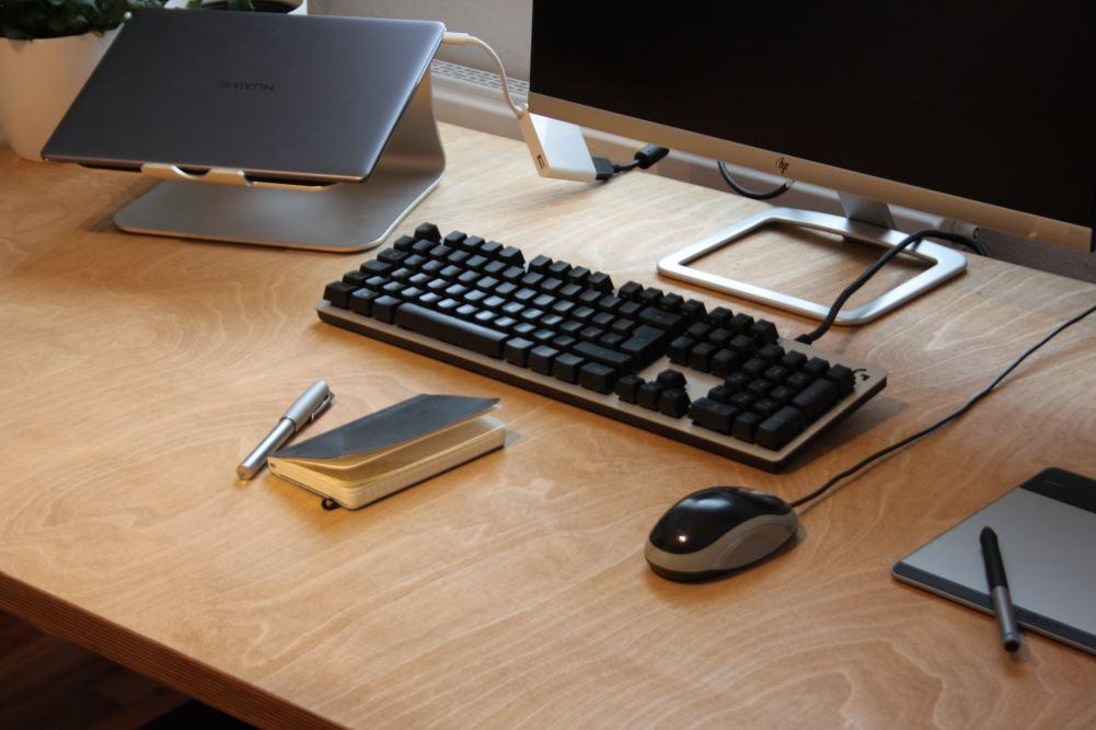 Schreibtisch Industrial Diy