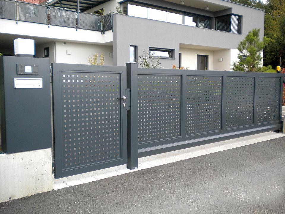 Sichtschutz Zaun Mit Tor