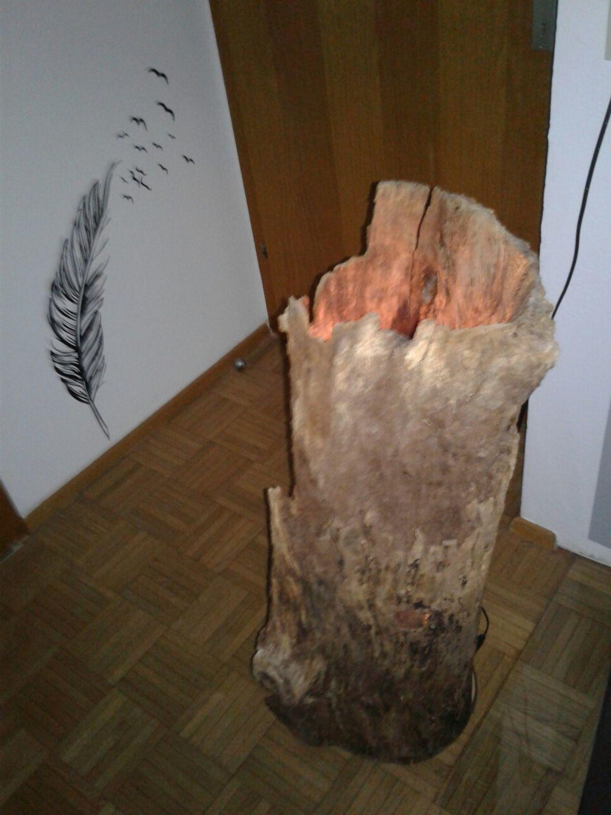 Stehlampe Aus Baumstamm