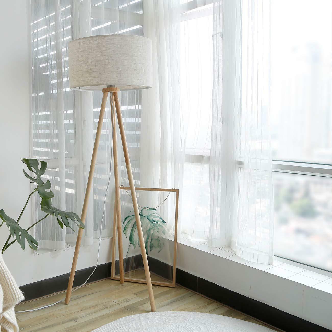 Stehlampe Schlafzimmer Holz