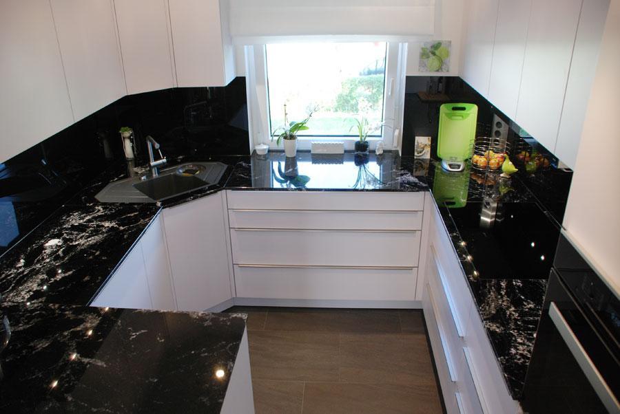 Steinplatte Küche Schwarz