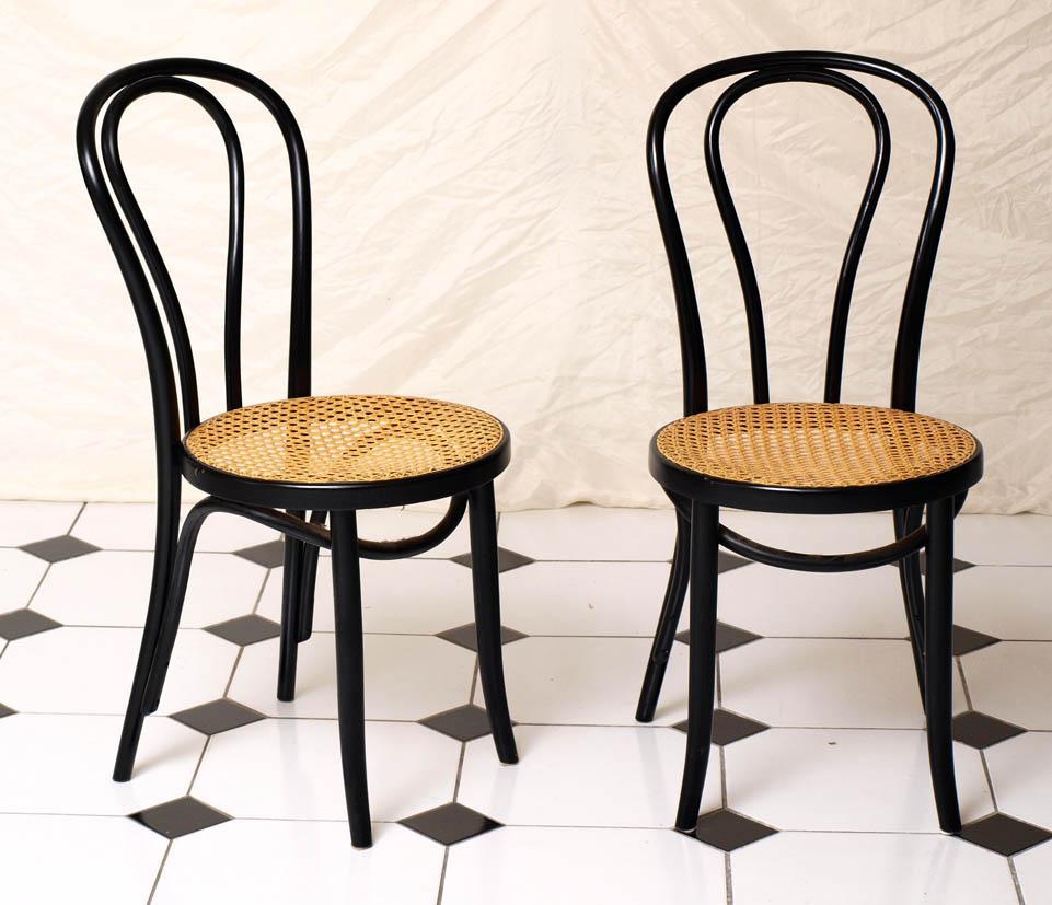Stuhl Mit Geflochtener Sitzfläche