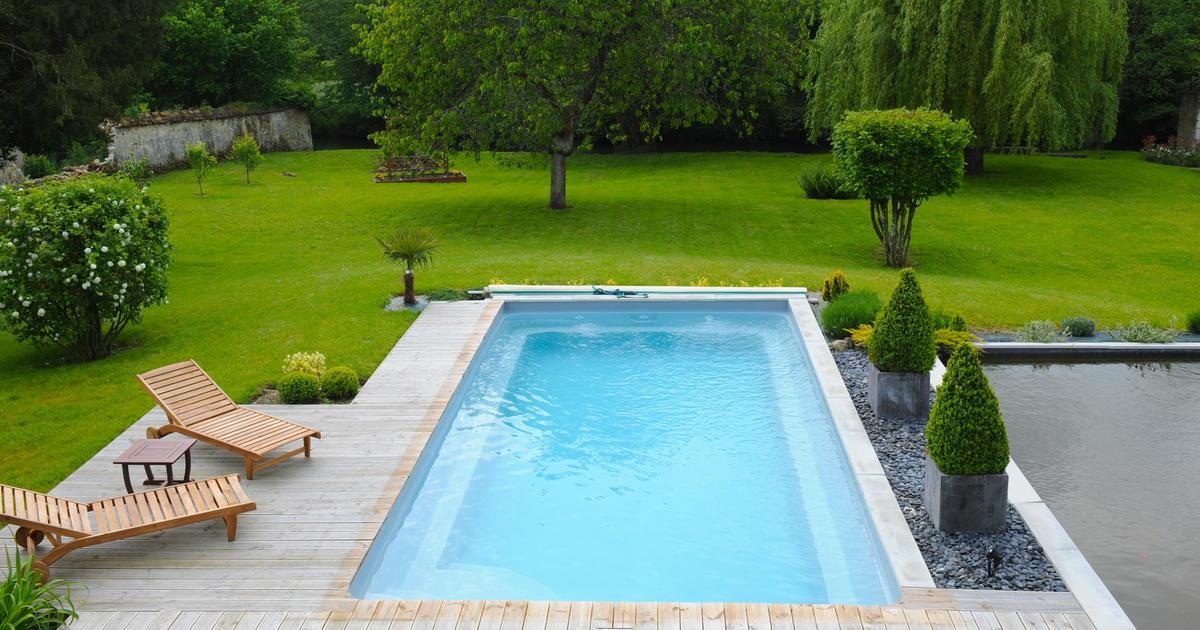 Swimming Pool Garten Mit Dach