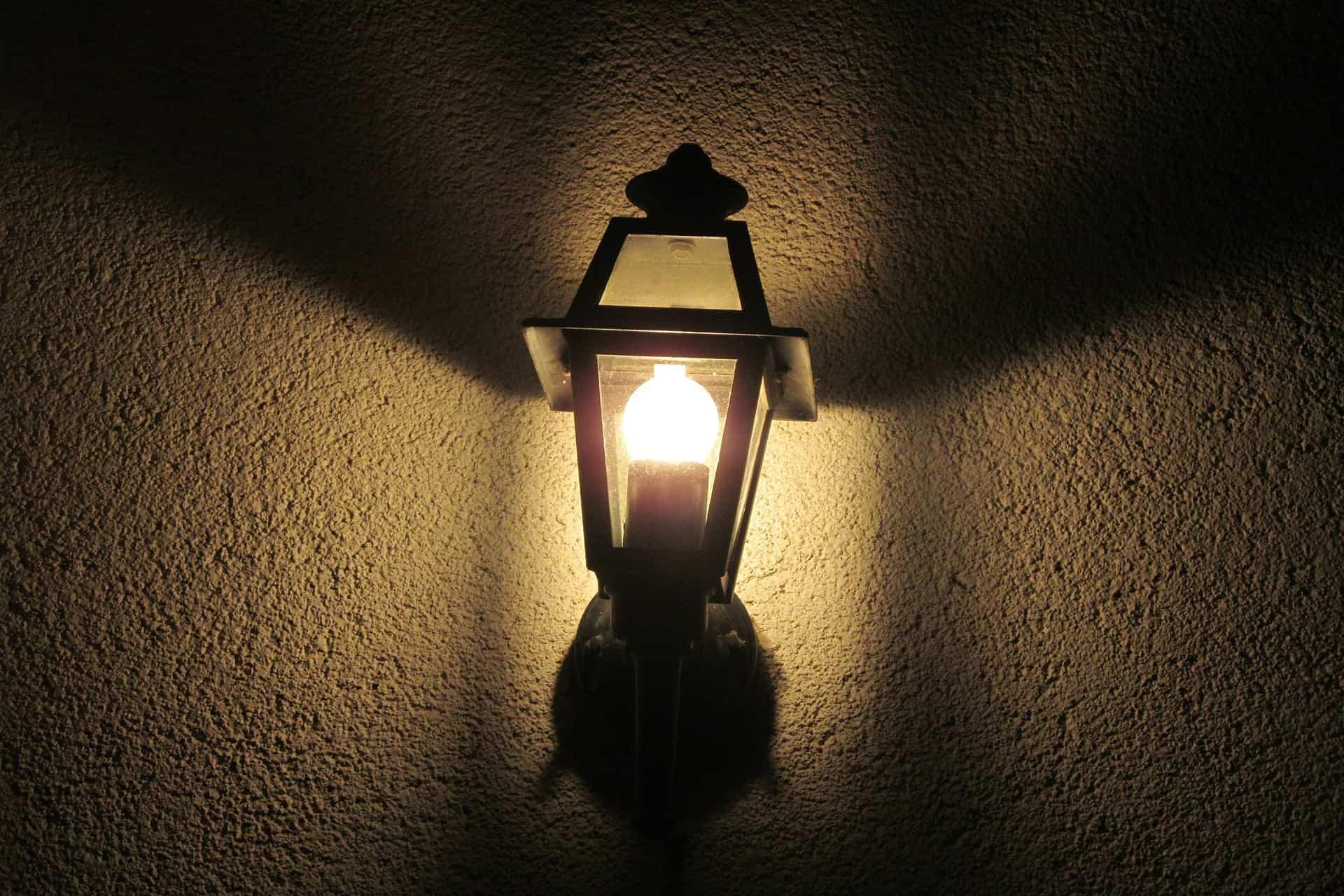 Terrasse Lampe Mit Steckdose