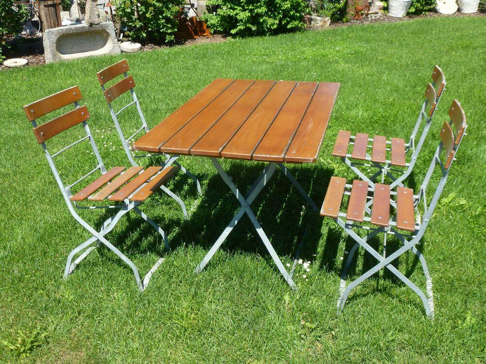 Tisch Und Stühle Garten