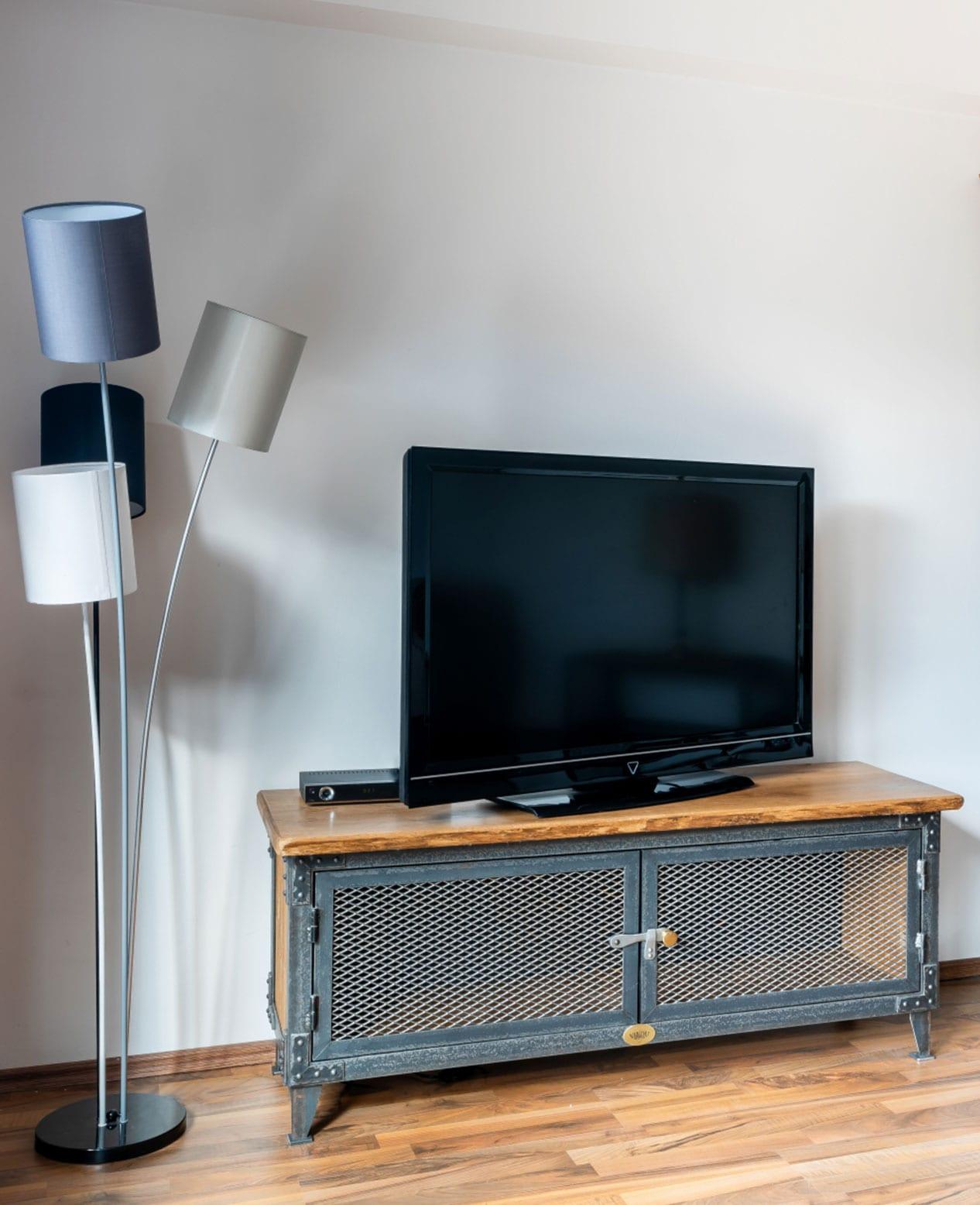 Tv Tisch Industrial