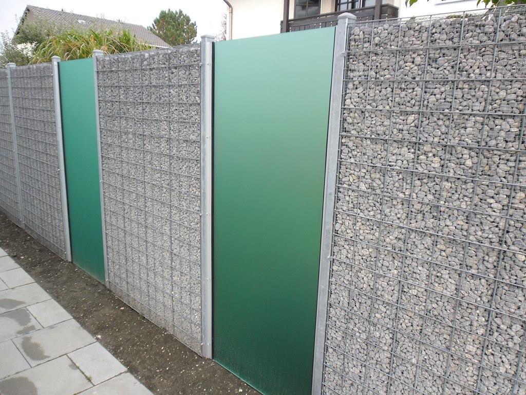Verzinkter Zaun Mit Sichtschutz