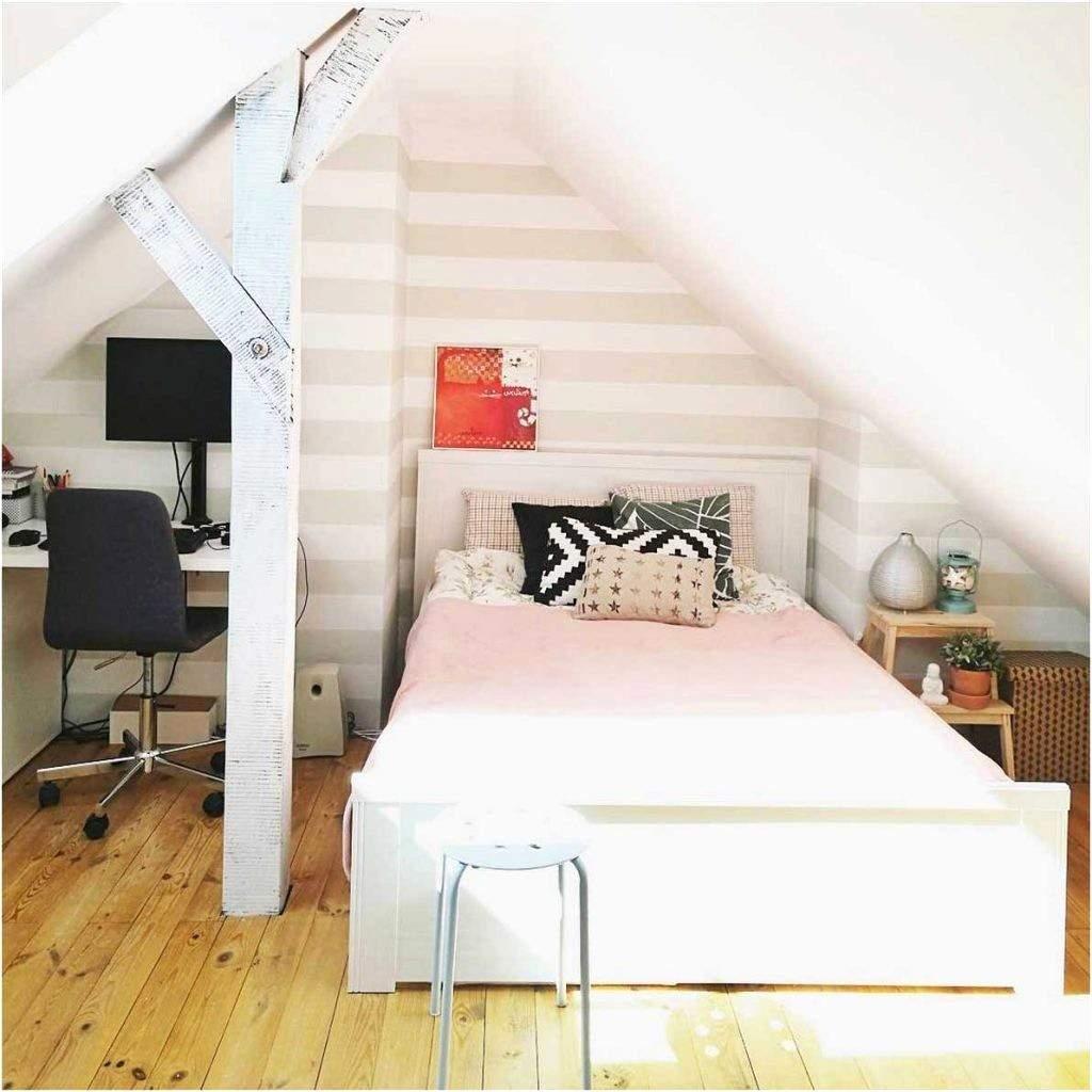 Wandgestaltung Schlafzimmer Ideen Mit Schräge