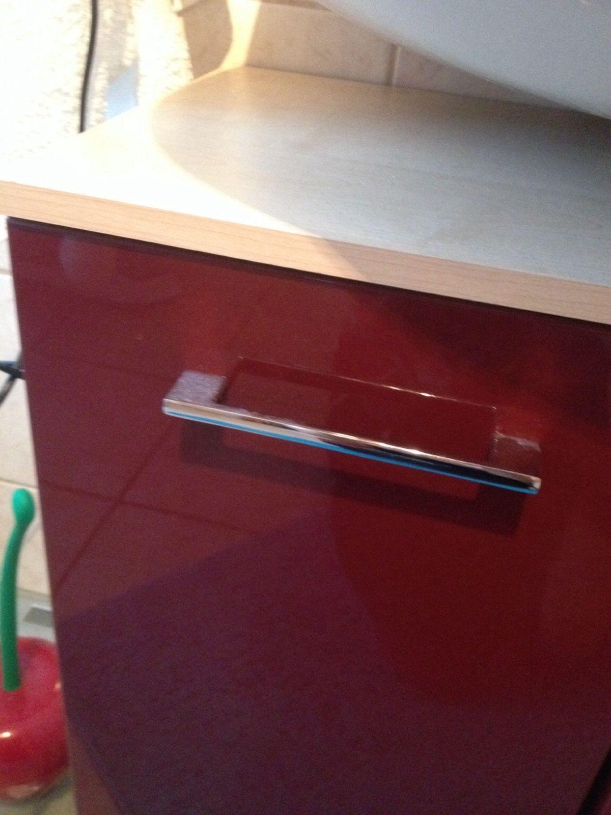 Waschbeckenunterschrank Rot Hochglanz