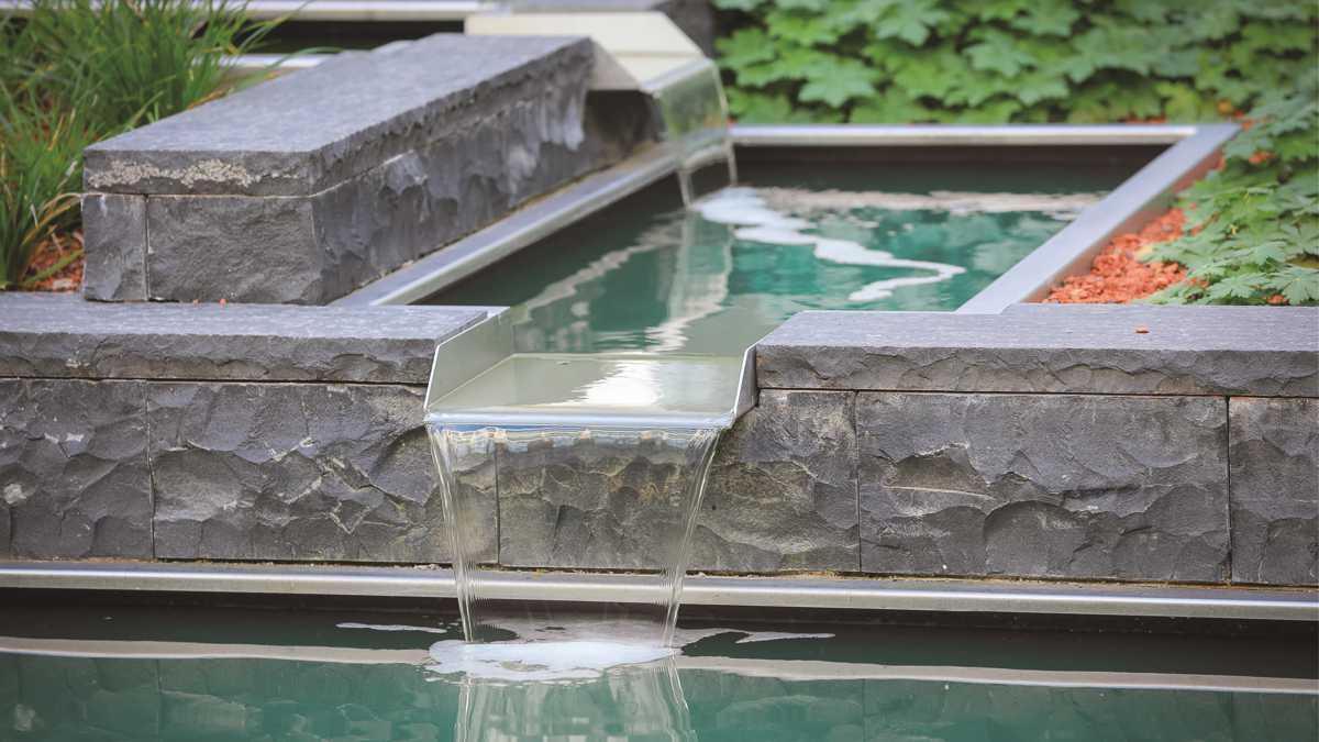Wasserbrunnen Garten Edelstahl