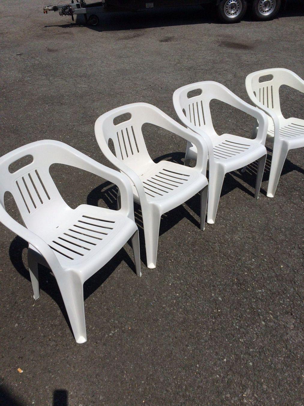Weiße Gartenstühle Plastik