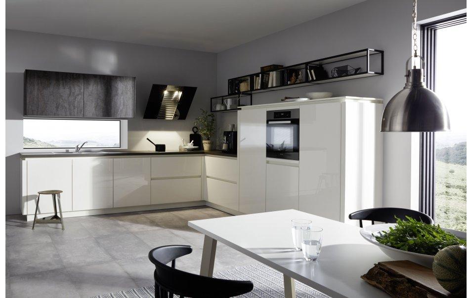Winkelküchen Mit Elektrogeräten