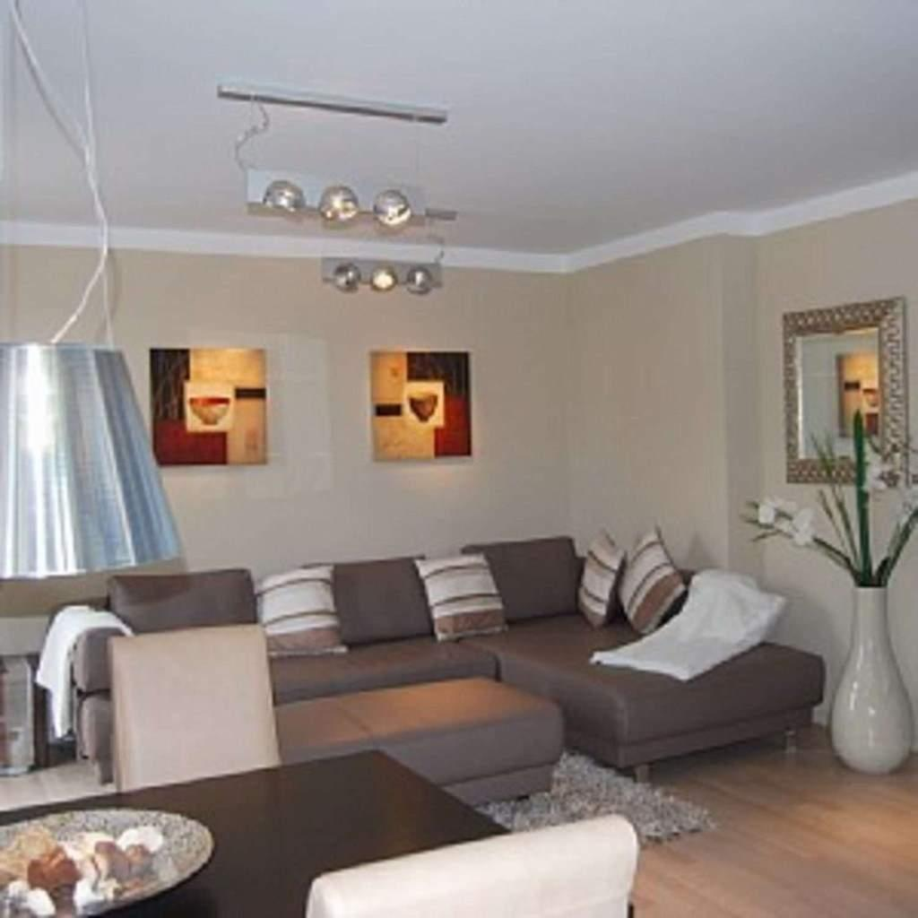 Wohnzimmer Farbgestaltung Grau