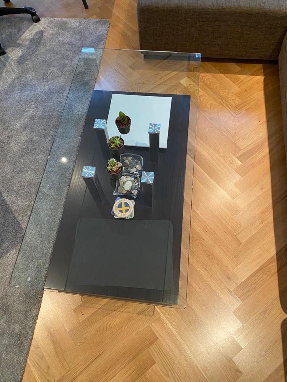 Wohnzimmer Glastisch Mit Rollen