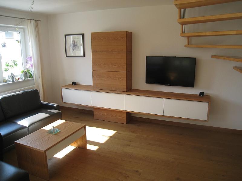 Wohnzimmer Lowboard Hängend