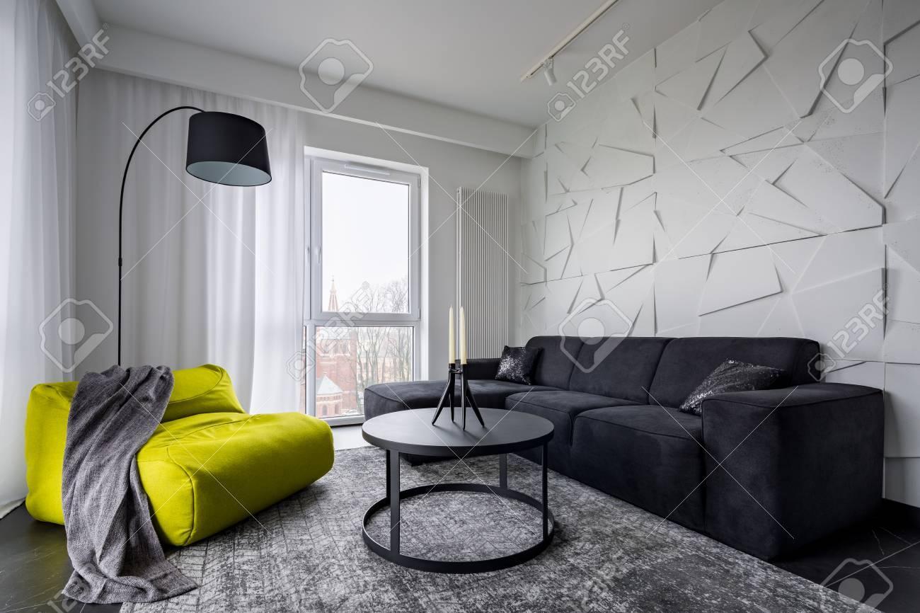 Wohnzimmer Mit Rundem Esstisch