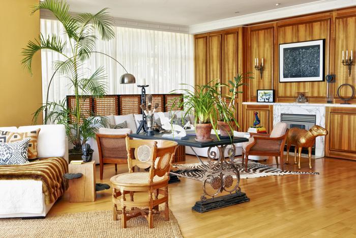 Wohnzimmer Möbel Kolonialstil