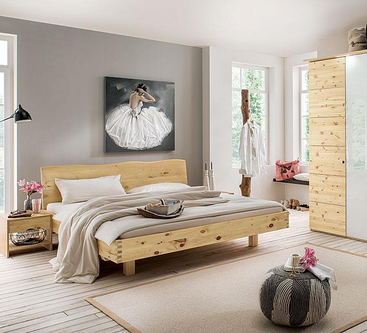 Zirbenholz Wand Schlafzimmer