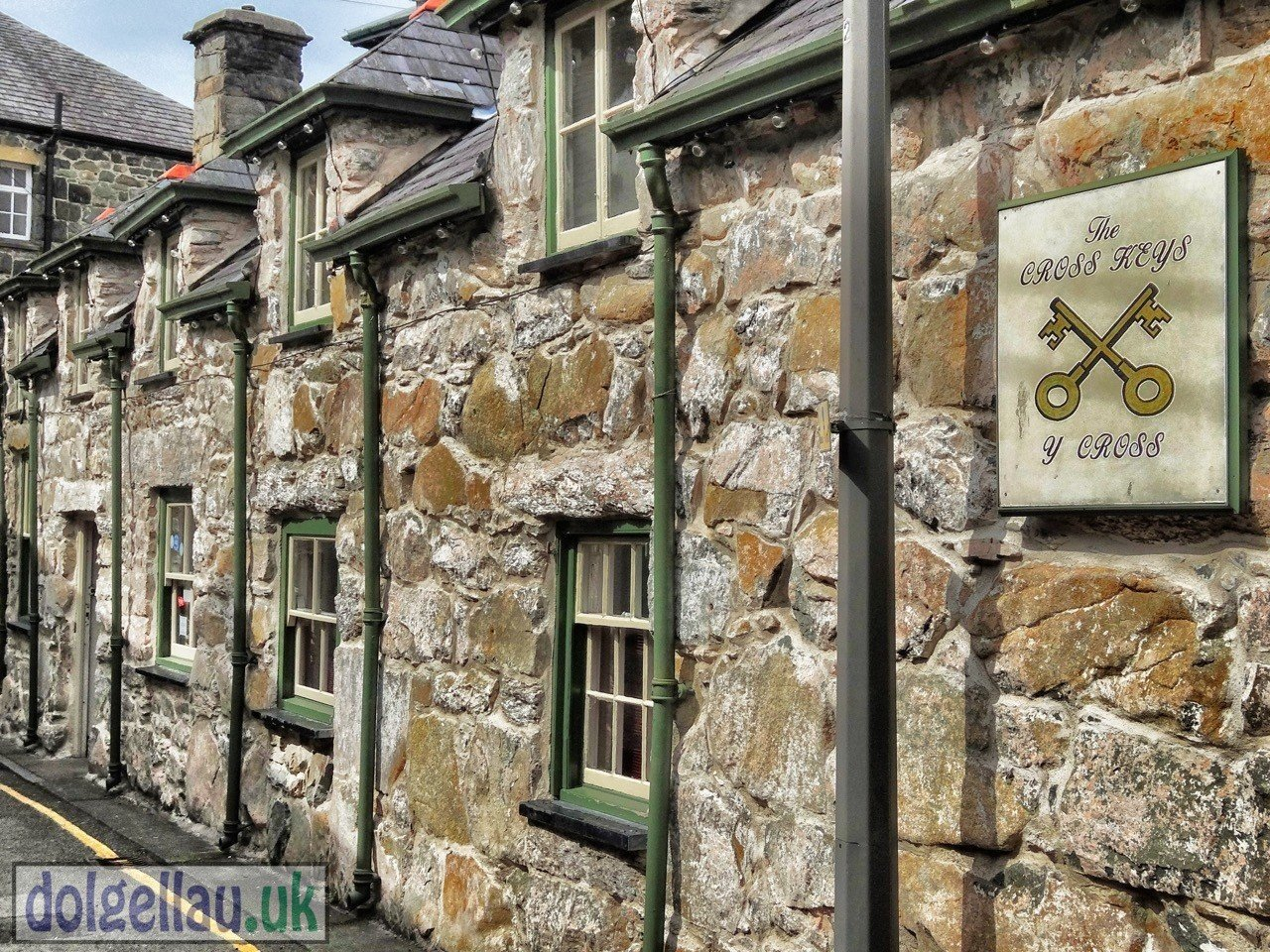 The Cross Keys Pub, Mill Street, Dolgellau