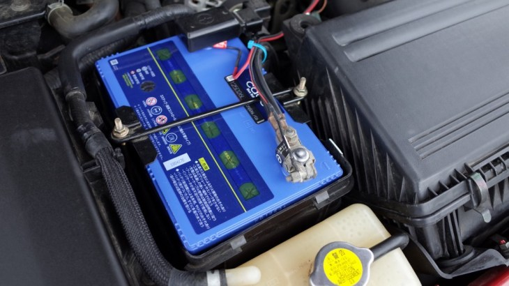"""RX-8のバッテリが3年もたないので一番いいやつ""""Panasonic – CAOS Blue Battery""""にしました。"""