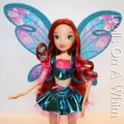 Jakks Pacific Winx Club Believix Bloom front torso top skirt wings