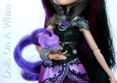 Mattel Lady Lovely Locks LovelyLocks Duchess RavenWaves doll comb gnomes pixietails purple raven queen